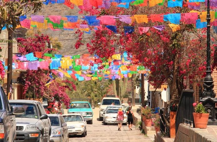 Fiesta De Todos Santos En Paises De Sudamerica